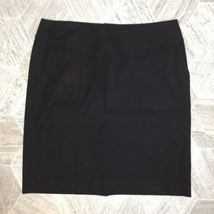 Banana Republic Black Stretch Pencil Skirt | 14